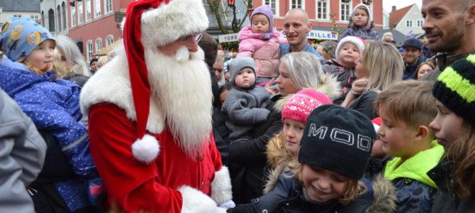 Julebyen Tønder – SE FOTOS – Tønders egen julemand blev vækket