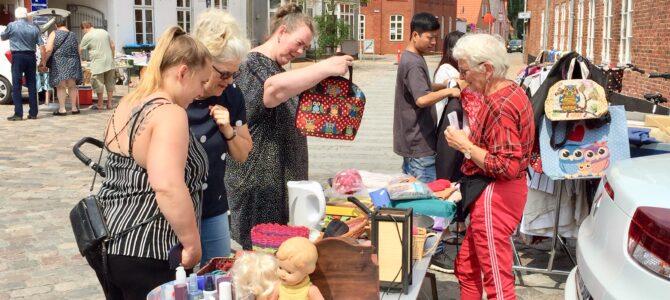 Onsdagsloppemarked i Tønder: En forrygende start og en succes selv på en Grundlovsdag