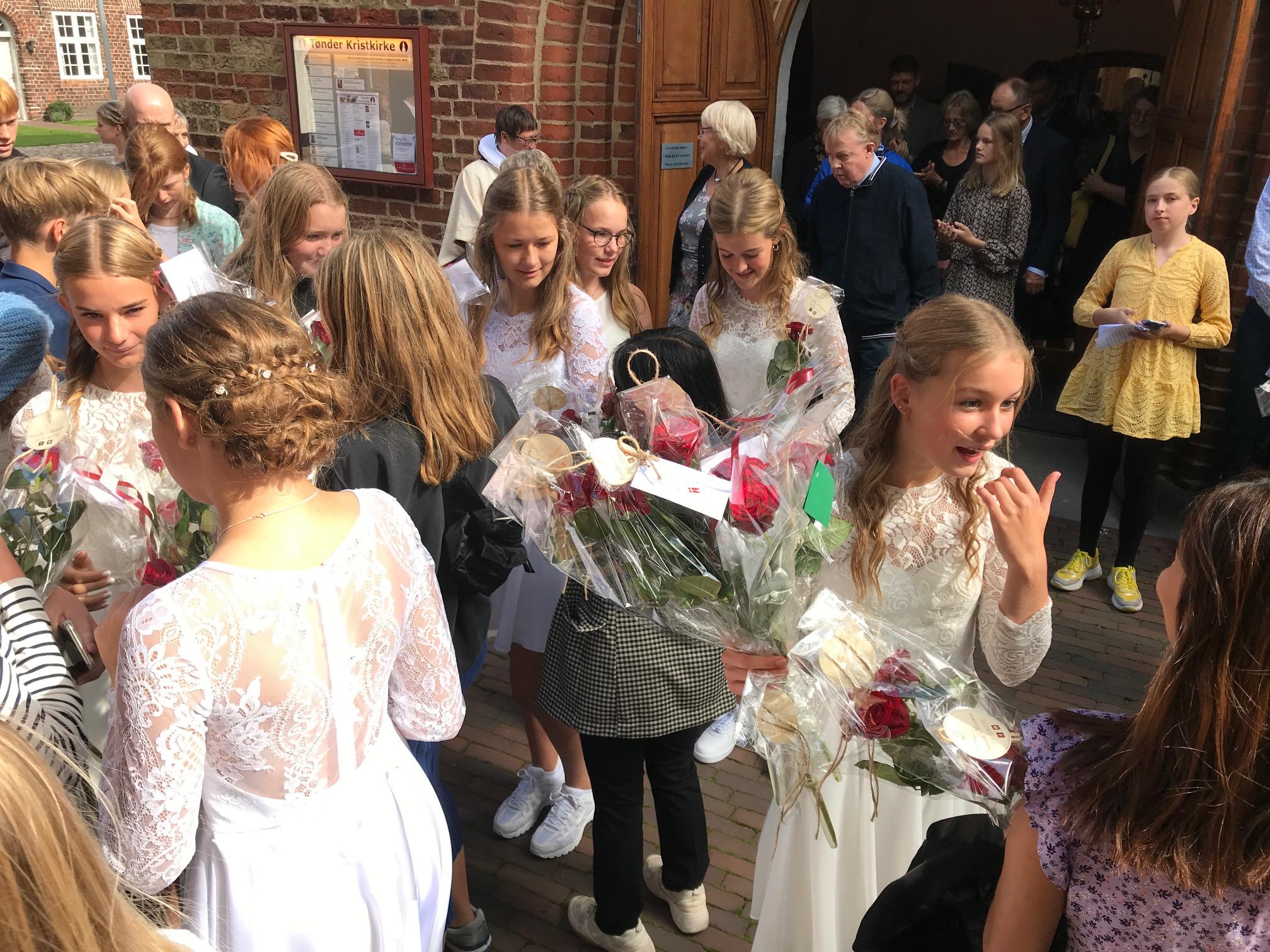 """SE VIDEO – Kanon """"Køb Lokalt Dag"""" med de lokale foreninger"""